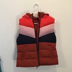 Aeropostale hooded puffer vest